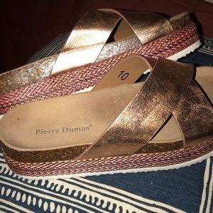 Shoes - PLATFORM sandals! Summer ready ! 🥰